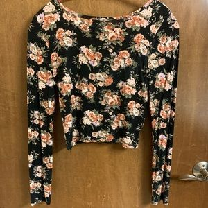Rue21 Tops - Rue 21 Cropped Top with Long Sleeves